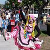 Conejo Valley Days Parade : April is one of those months... Conejo Valley celebrates its aniiversary... I have my own incentive to be there: my two daughters are in two marching bands: Thousand Oaks High School (Lancers, gree uniform) and Los Cerritos Middle School (blue uniform)